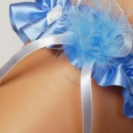 Podvazek Enjoy Marabut modrý
